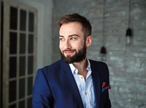 Знаменитости с бородой и без нее: кому к лицу борода? Livepixel