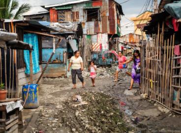 Счастливая жизнь в бедных районах